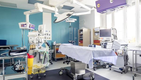 clinique-esthetique-turquie-salle-operatoire